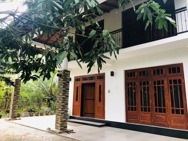 Kandy Breeze Homestay