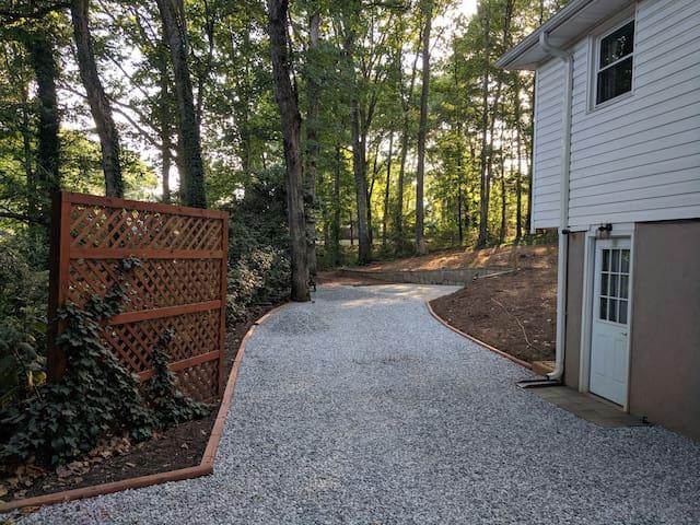 Greenville Backyard Camper Van Site for Overnights