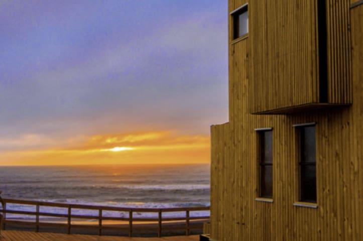 Arriendo Casa Pichilemu a minutos Punta de Lobos - Pichilemu - Loft