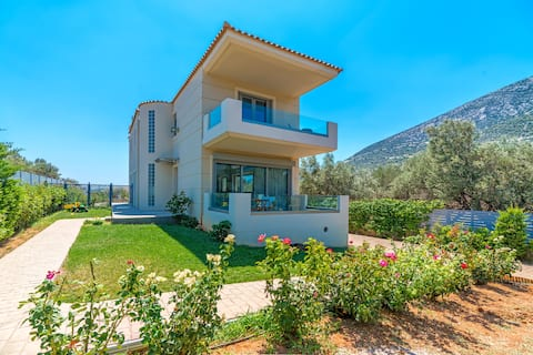 Your Home2b (near Athens airport)