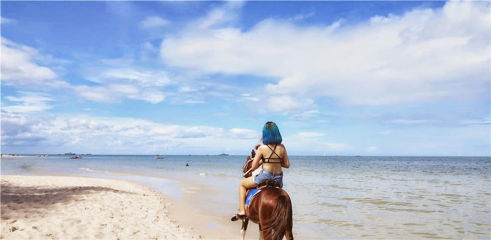 Paradise Pool Villa in Huahin city,walk to beach.