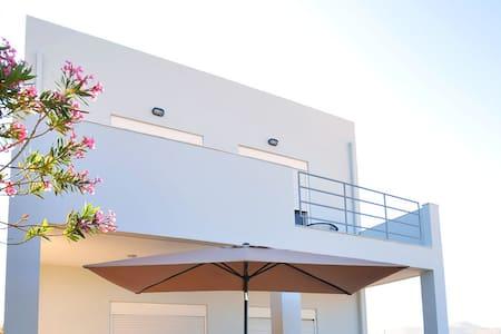 S-Eva resort beach house