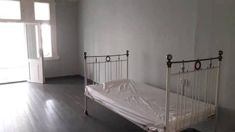 Room2   IIDA House   Craft School & Weaving Museum