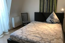 Comfy room with sunny balcony,15min to Messe/Deutz