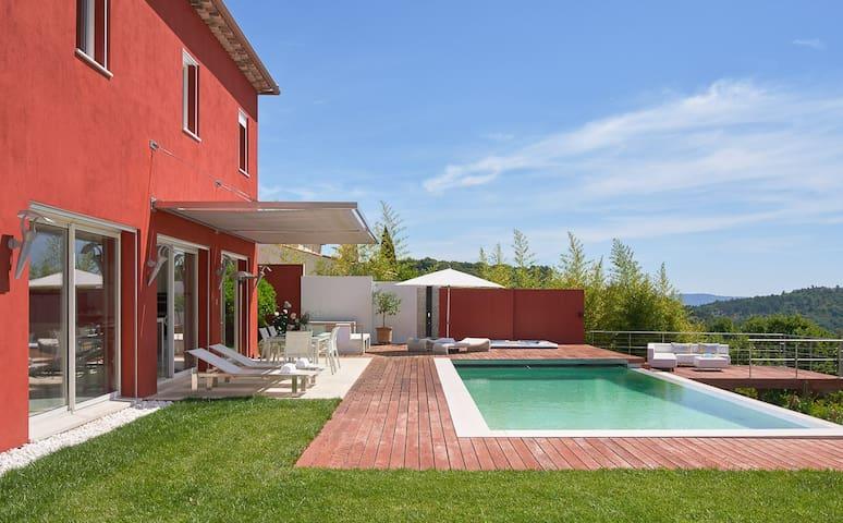 Villa Splendid - Luxury, private pool & hot tub