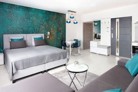 Festői nógrádi faluban design apartmanház kiadó