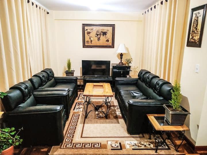 Comfortable room near to plaza Villarroel(cableCar