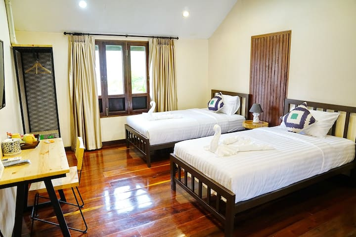 Perfect Room for 2 Friends Exploring Chiangmai