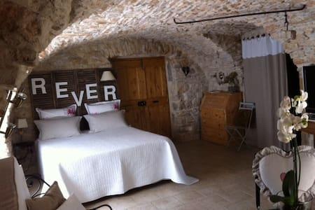 Chambre d'hôtes de charme - Mons - Bed & Breakfast