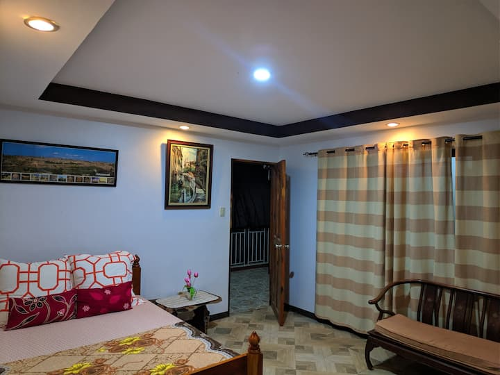 4br,staycation house clean and cosy25pax