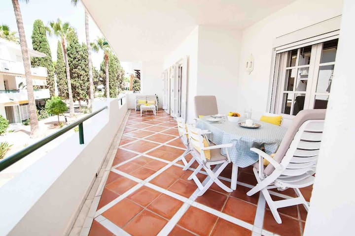 Comfy and relax in El Presidente Luxury apartments