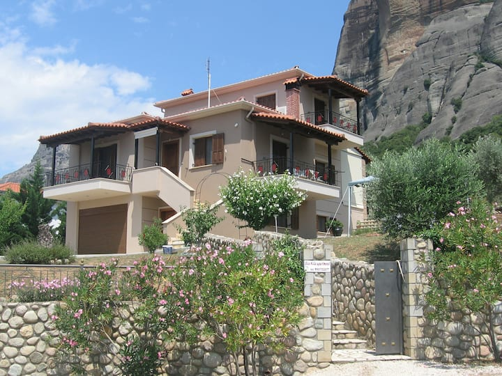 Olio Hills apartment