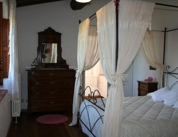 Camera Lavinia - Province of Siena - Apartament