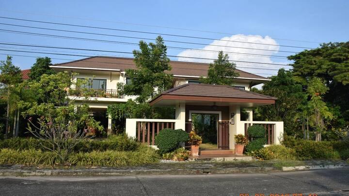 Cozy&Peaceful  guesthouse II,1B@Rimtalay Angsila