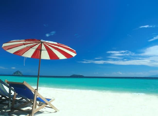 Cairns Beachfront Unit Nespresso,Netflix,Free WiFi