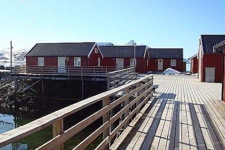 Rorbu midt i Lofoten - Leknes - Blockhütte