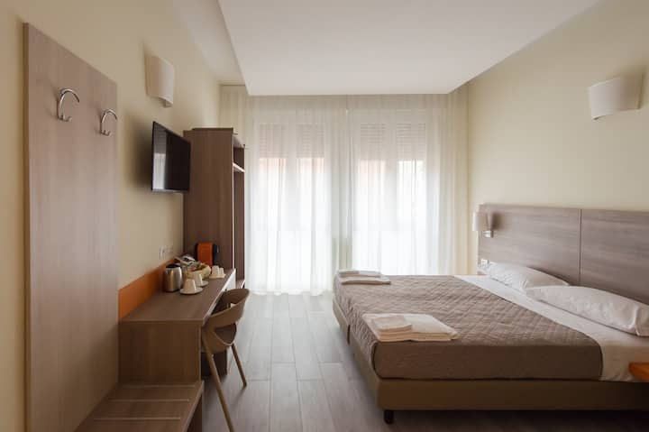 Home Comfort & Hotel Services in Bologna center 6