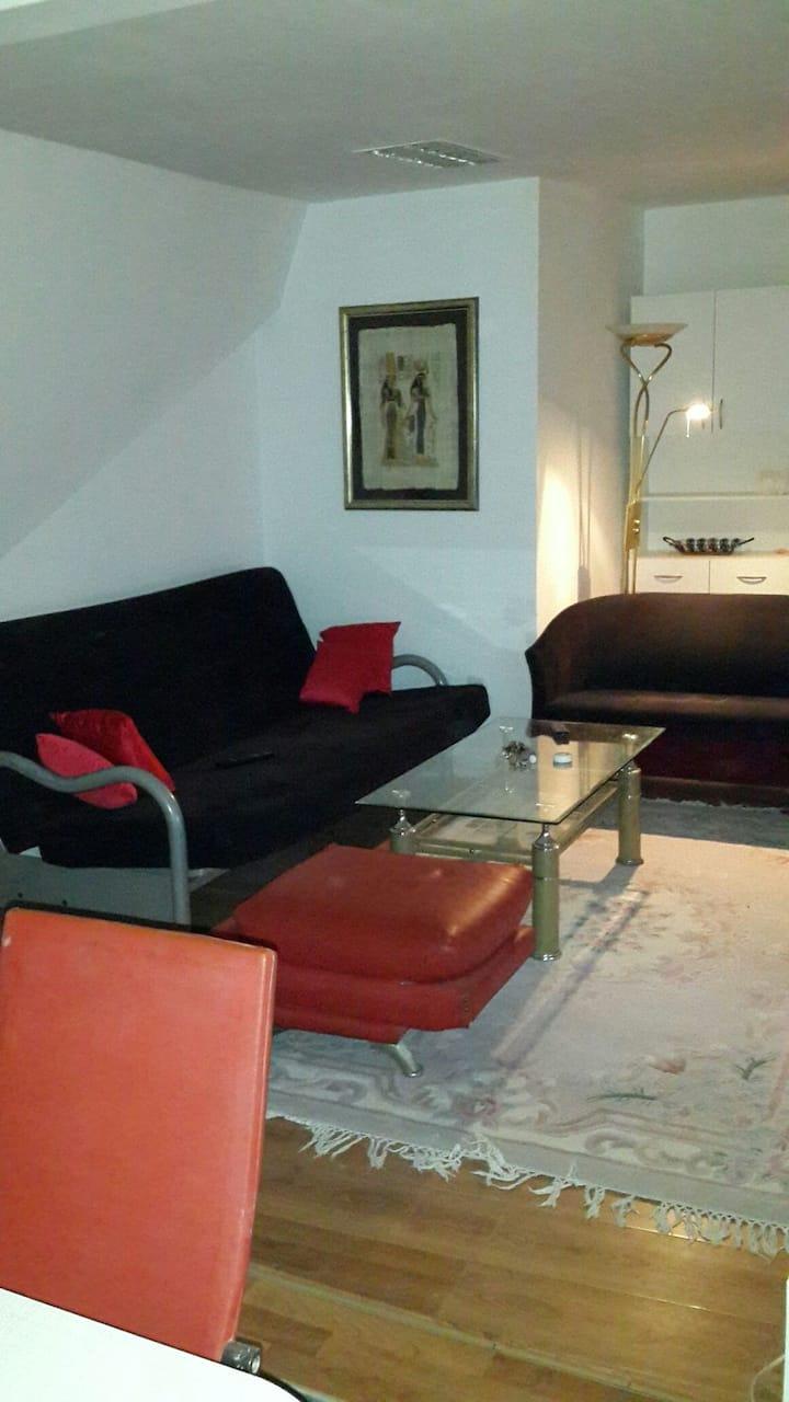 Fully equiped apartment, solar, AC
