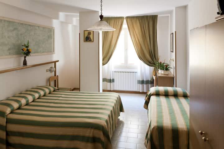 Hotel Vignola Assisi - camera tripla
