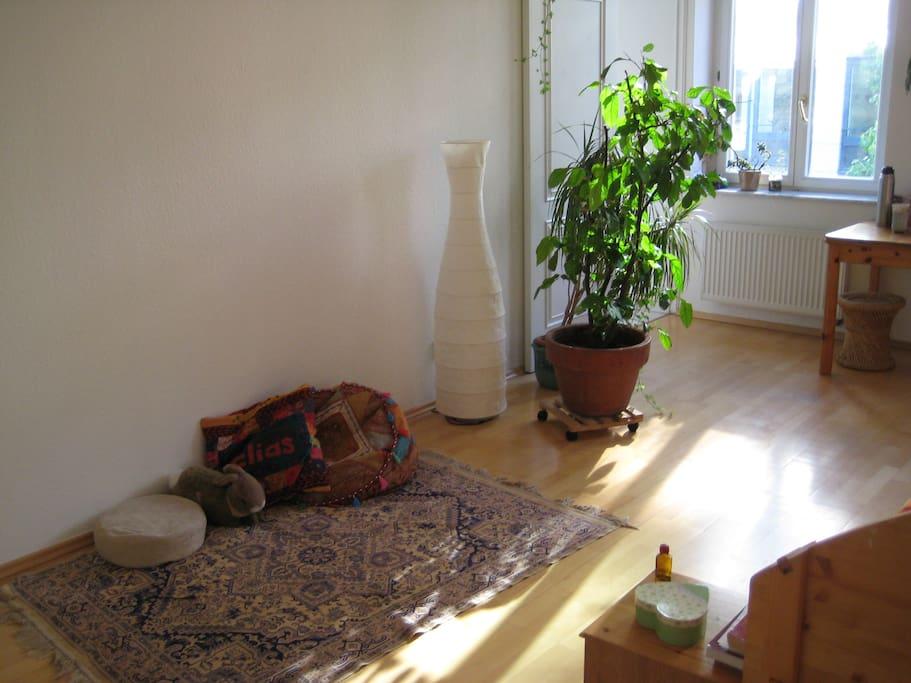 helle wohnung direkt im zentrum wohnungen zur miete in leipzig sachsen deutschland. Black Bedroom Furniture Sets. Home Design Ideas