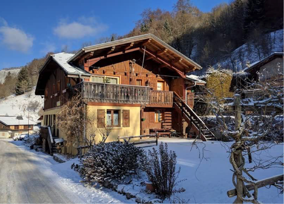 A winter day at Chalet Les Glycines