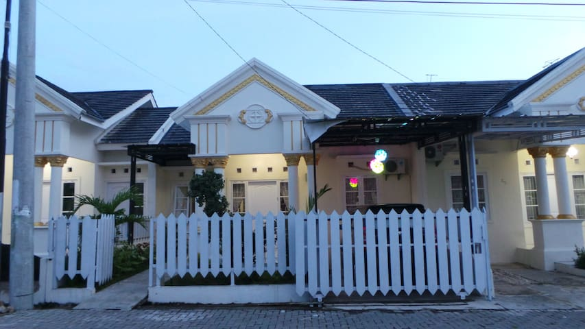 Folk House for stay