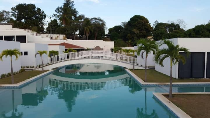 Village at the Pool Hermosa Villa