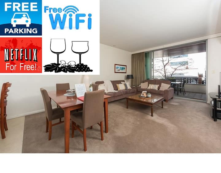 TRANQUIL FULLY AIRCON FREE WIFI NETFLIX WINE PARKING