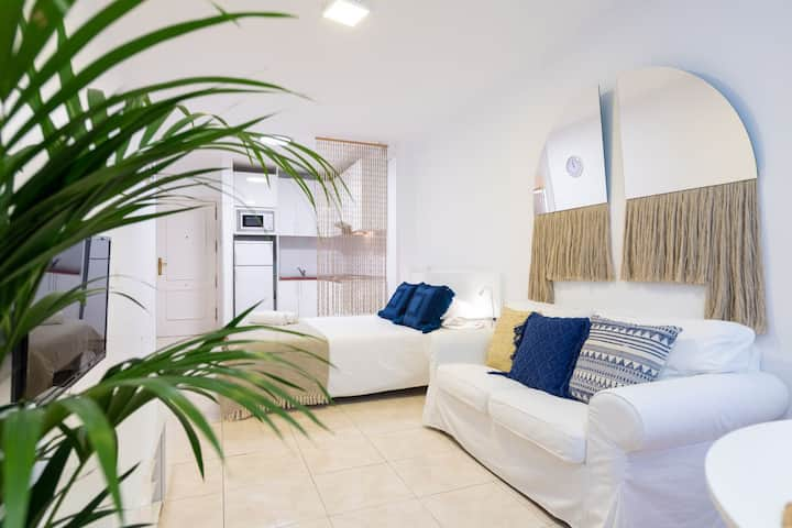 Studio with unbeateable location in Las Canteras