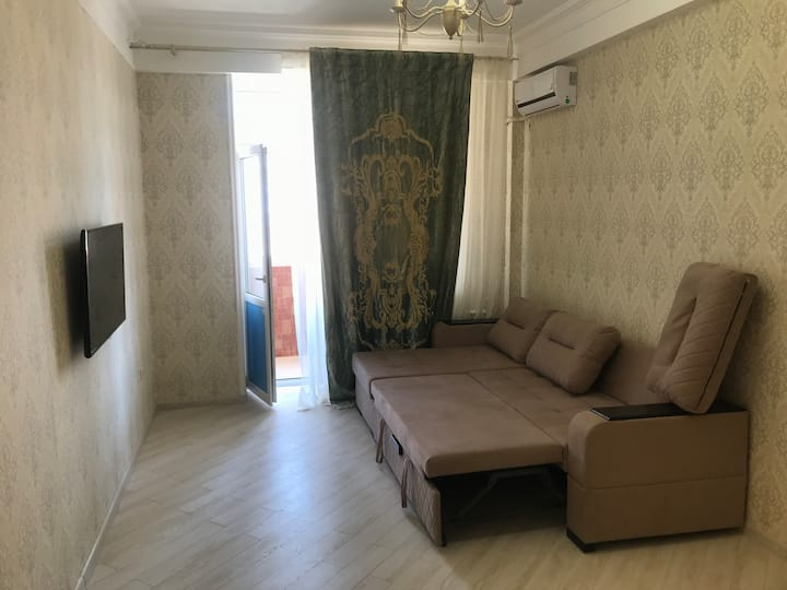 1-я квартира с комфортом и недалеко от моря)