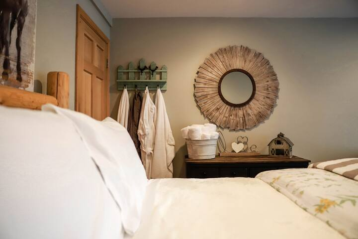 Fresh linen including Terry Cloth bath robes