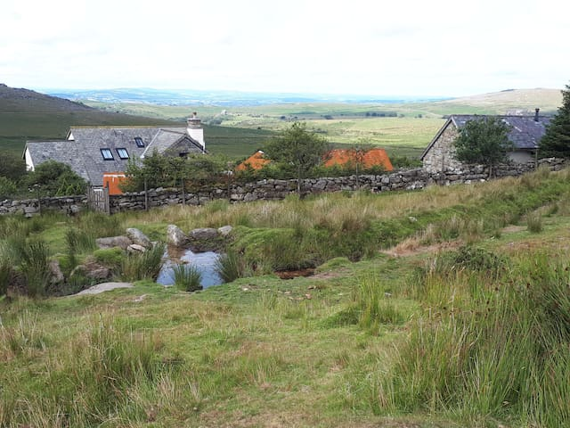 The Barn, Princetown -Nearby things to do and see and where to eat