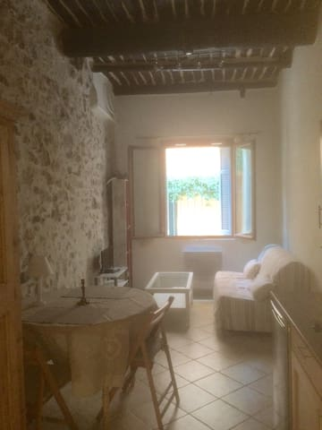 Charming studio in the Old Town - Antibes - Apartemen