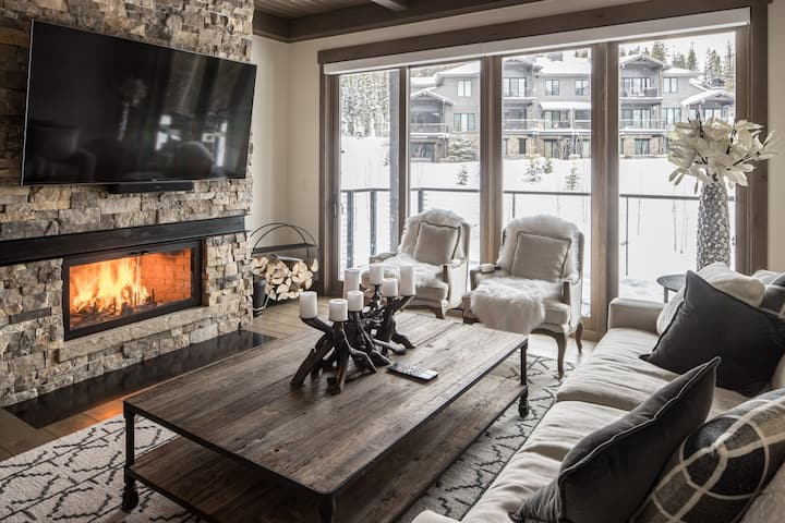 Ski-In, Ski-Out Condo with Mountain Modern Decor and Private Hot Tub