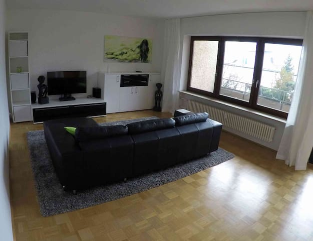 Top Business Appartm. 60 qm in centre of Erlangen - Erlangen - Apartemen