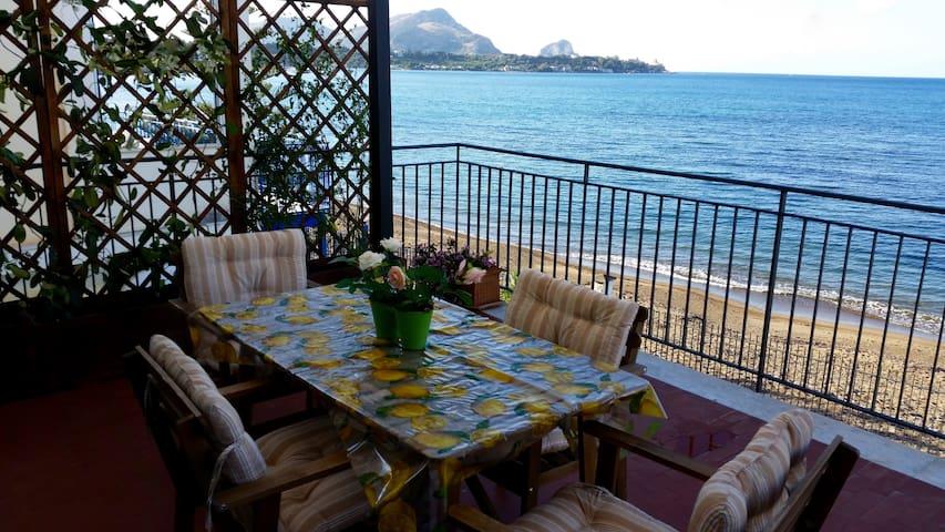 Appartamento sul mare seahorse - Casteldaccia - Lägenhet