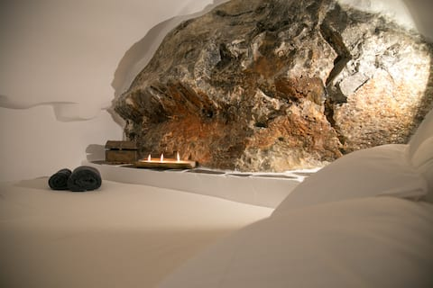 Laconian Cave House