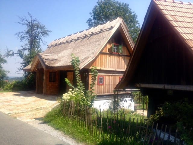 Schilfgedecktes Kellerstöckl im Schilcherland - Deutschlandsberg - อพาร์ทเมนท์