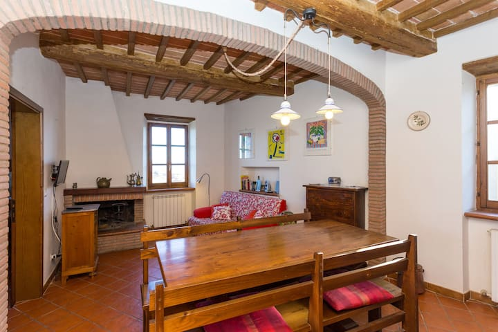 Charming flat in medieval village - Panicale - Apartment