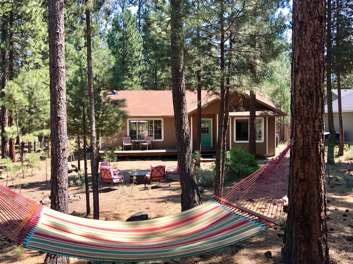 Hideaway in the Forest! Minutes to Sunriver