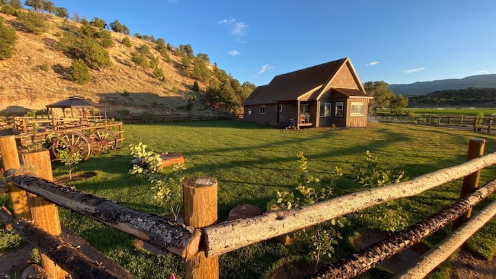 A relaxing ranch stay by Capitol Reef