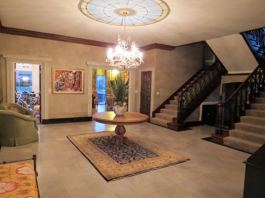 Large formal entry and double staircase