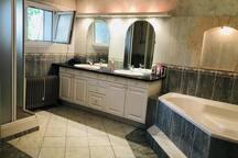 Salle de bain en commun