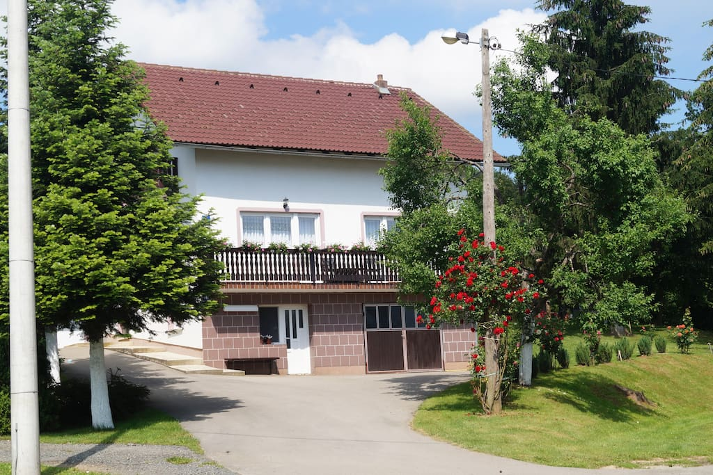House Drago, front side
