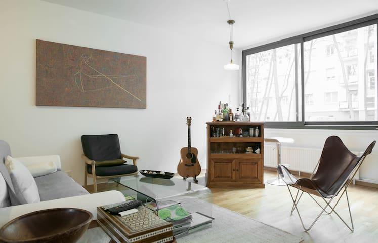 Artist's loft in downtown Geneva - Genewa - Apartament