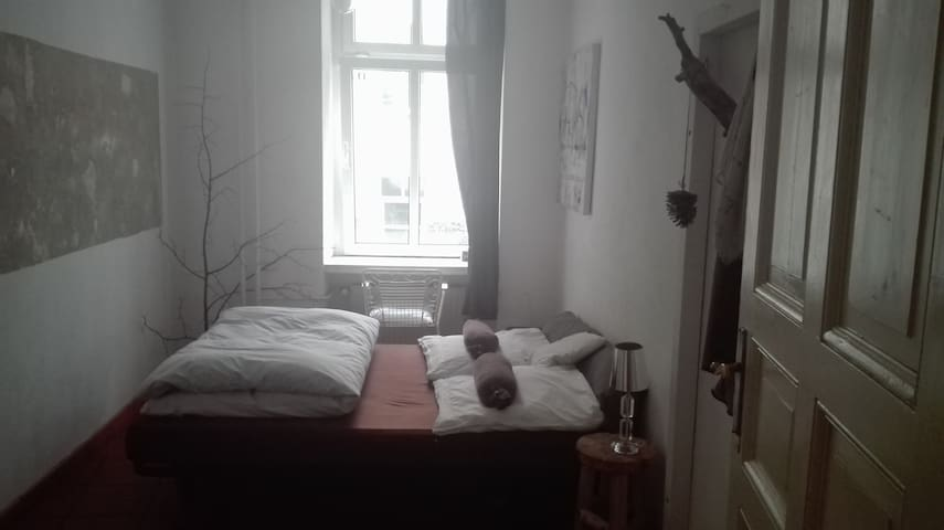 rent a room in my appartement - Berlin - Appartement