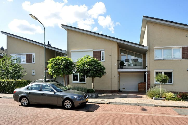 Luxury furnished house of 177m2.