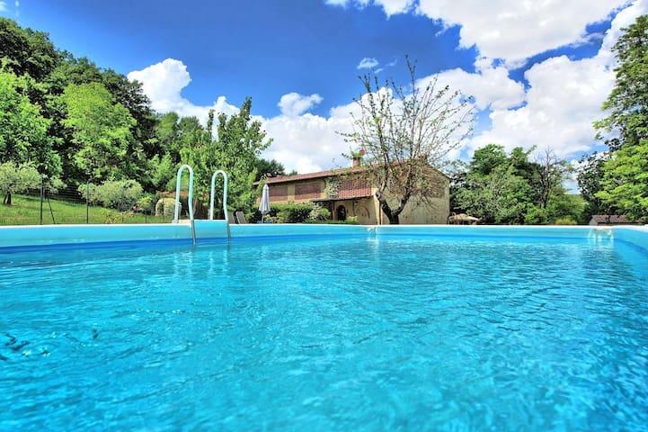 Exclusive Villa strategic location! Pool+WiFi+Park