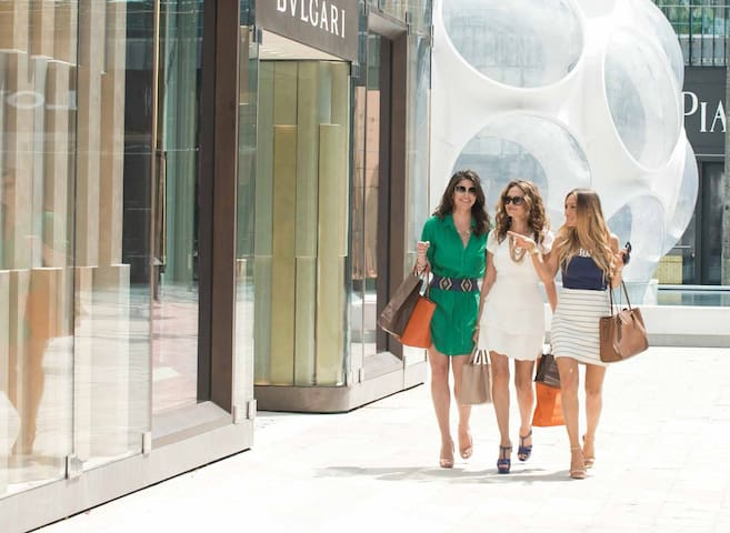 walking distance to the design district