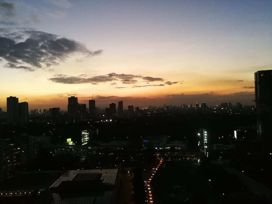 落地窗俯视Manila全景